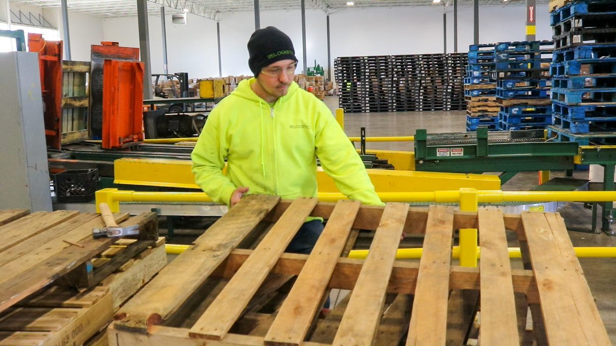 Saving money through recycling pallets